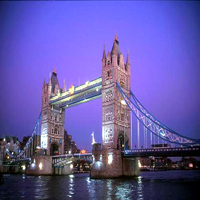 Tower-Bridge-at-night--London--England_